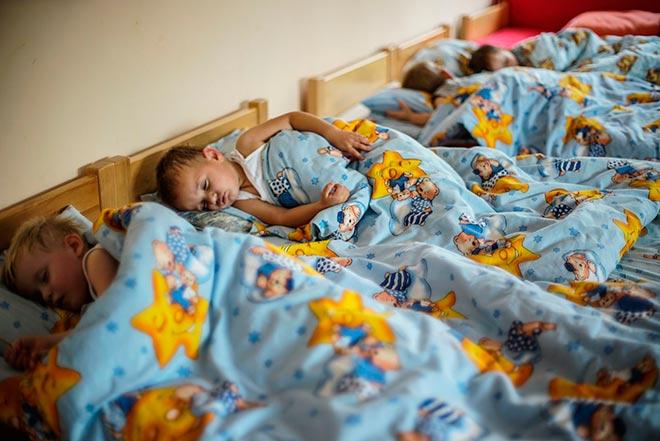 Дети ложатся спать