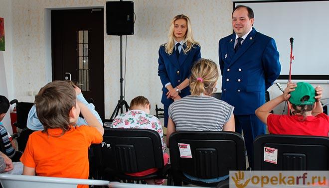 выступление прокурора перед детьми