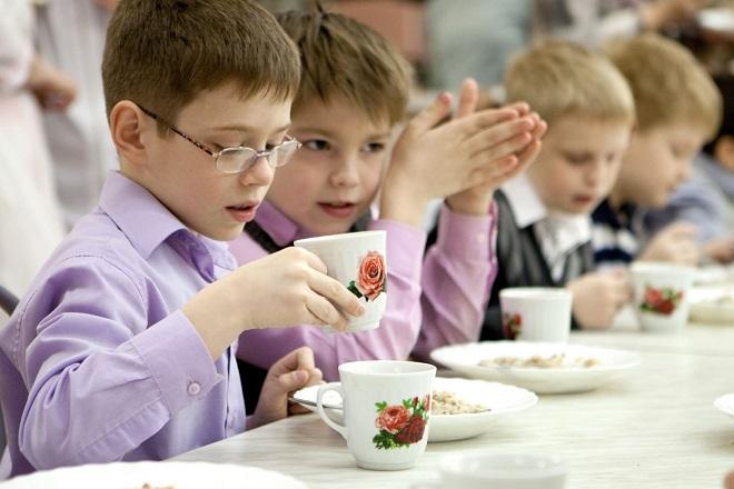 При каком количестве детей семья в Казахстане считается многодетной