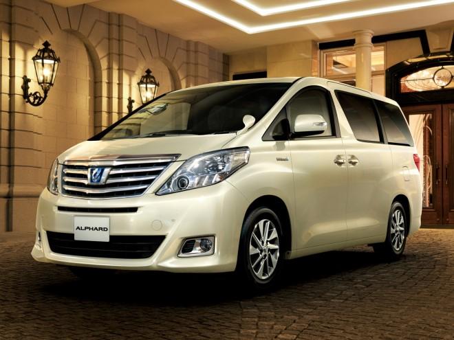 Лучшие семиместные автомобили для многодетных семей