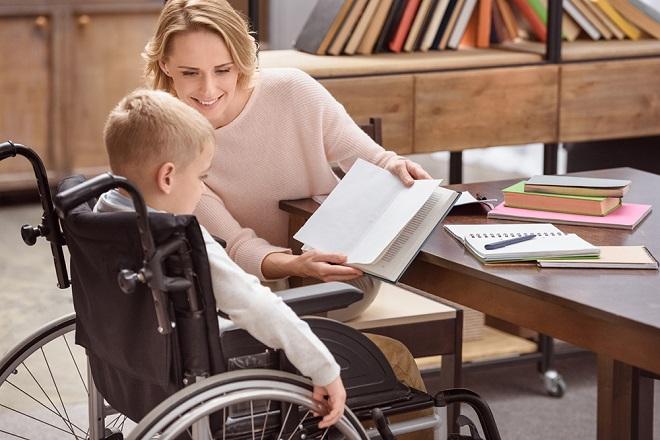 Отпуск по уходу за ребенком инвалидом: правила и особенности предоставления