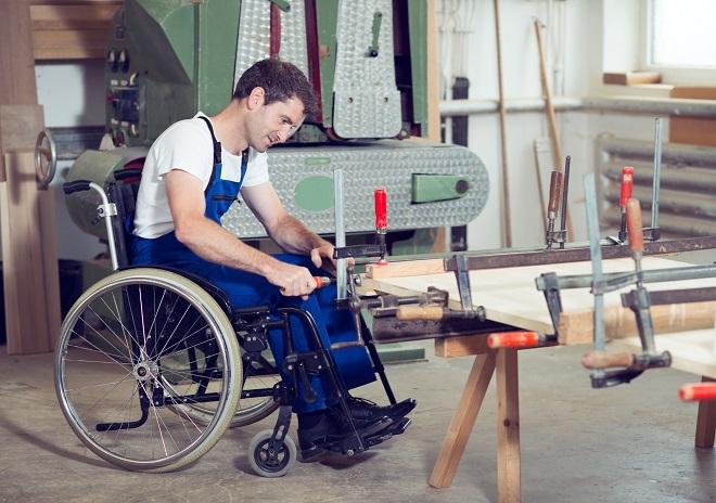 Увольнение работающего инвалида